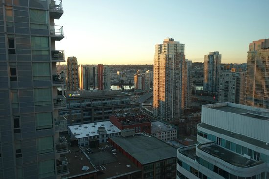 Rosedale on Robson: view from room of Cambie bridge