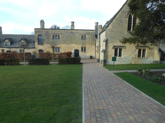 Ellenborough Park: New block