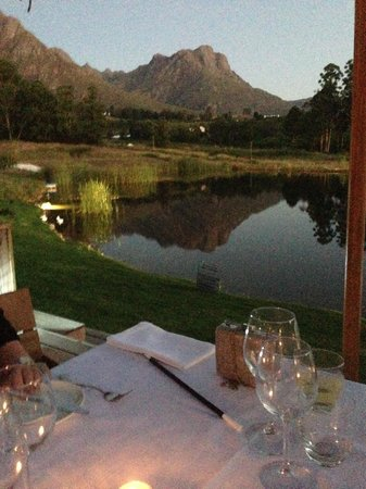 Mont Marie Restaurant: Relax at the foot of Stellenbosch Mountain with good food.