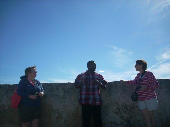 People to People : fort montagu