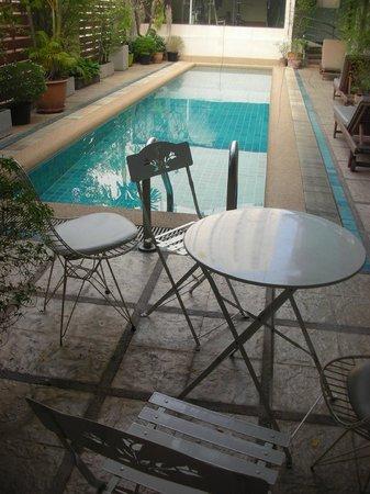 Bossotel Bangkok: zona piscina