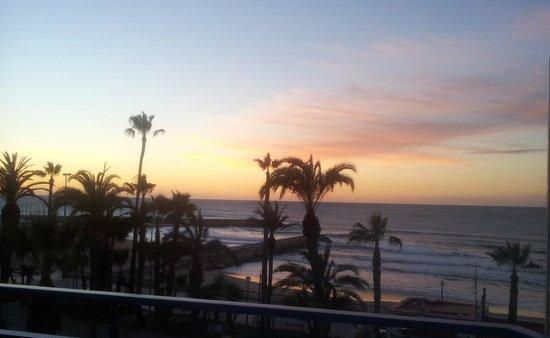 Hotel Platjador: amanecer desde la habitacion