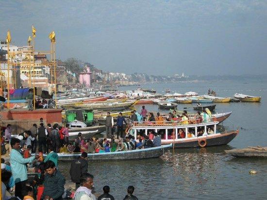 Ram Bhawan Kautilya Society Residence: Ganga!