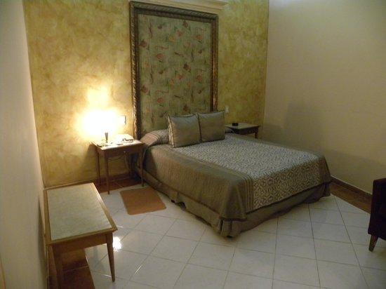 Hotel Telegrafo: Bedroom