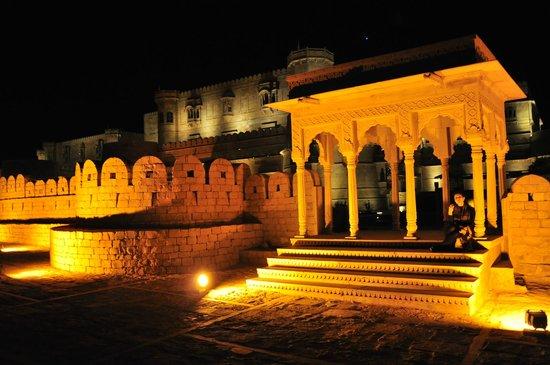 Suryagarh : Side Entry