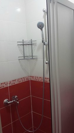 Modern Sultan Hotel : bagno