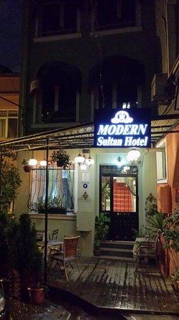 Modern Sultan Hotel : esterno 3