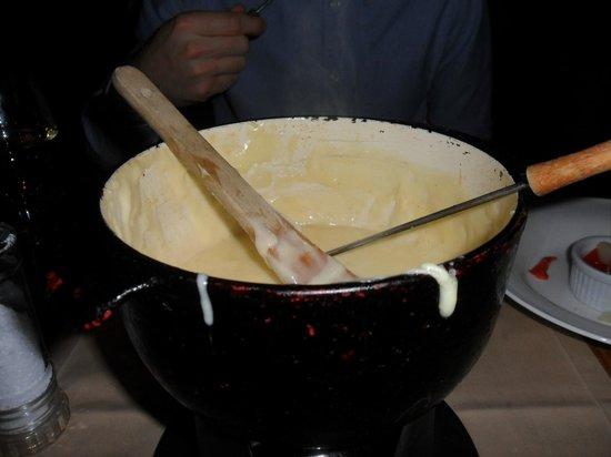 Le Petit Patron: cheese fondue