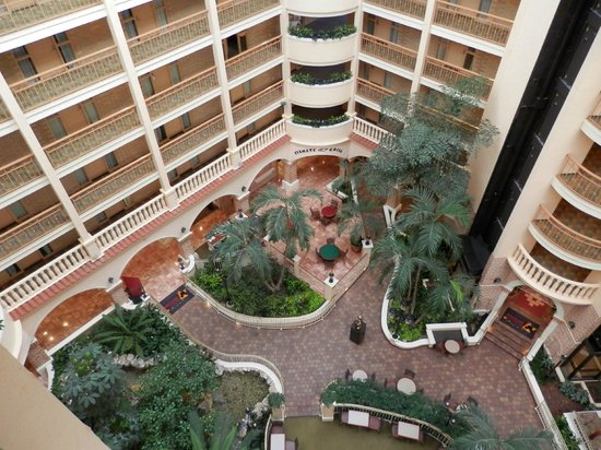 Embassy Suites by Hilton Orlando - International Drive / Convention Center: View from top floor