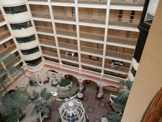 Embassy Suites by Hilton Orlando - International Drive / Convention Center : View from top floor