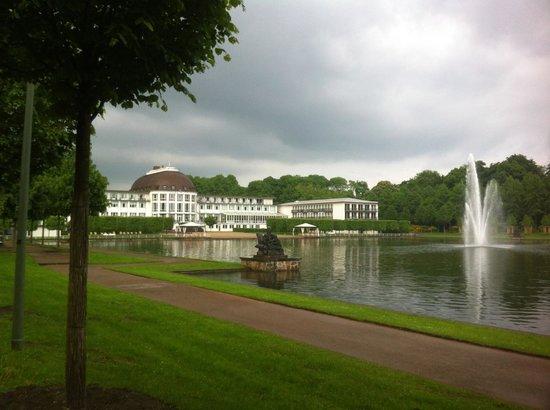 Dorint Park Hotel Bremen: View walking in
