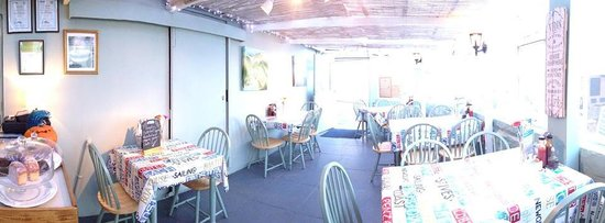 Harbour Rest Cafe: Welcoming Cafe, fresh homemade food served daily!