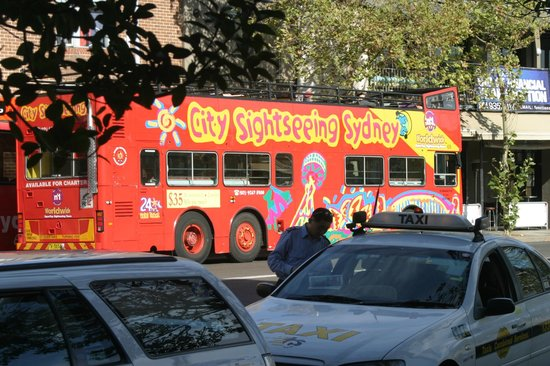 Jolly Swagman Backpackers: City tours