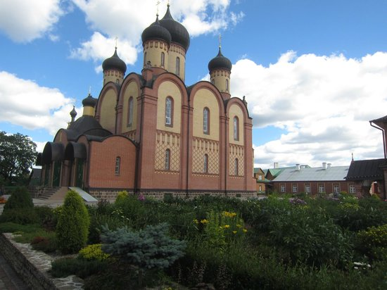 Pühtitsa Stavropegial Holy Dormition Monastery: Пюхтица