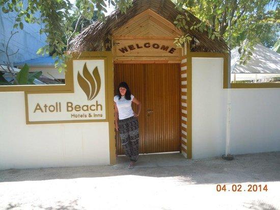Atoll Beach Inn: entry