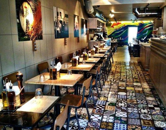 Franco Manca: amazing tiles