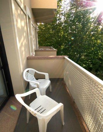Residence Caterina: Balcone attrezzato