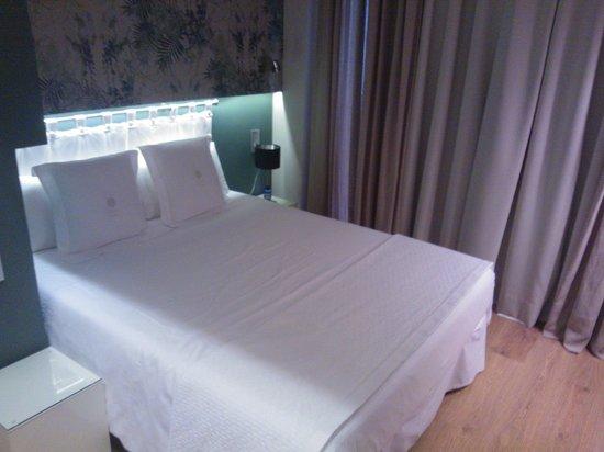 Vasanta Hotel Boutique: Le lit