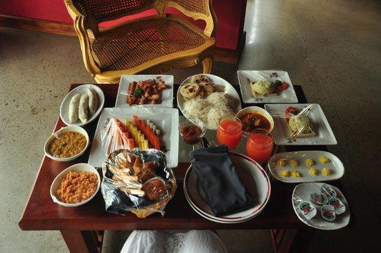Brook Boutique Hotel & Spa : Taste is served...