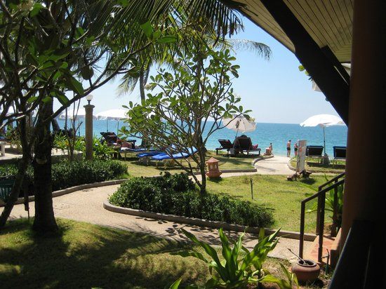 Lanta Casuarina Beach Resort: View from one of the villas