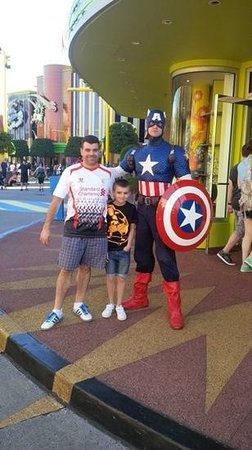 Walt Disney World: captin america at universal islands of adventure