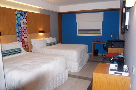 Aloft Cancun: La chambre