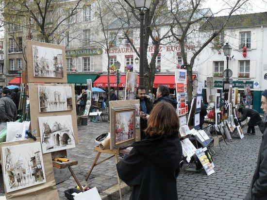 Place du Tertre : artist area