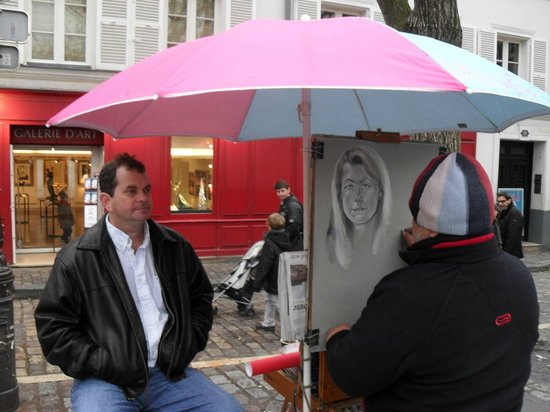 Place du Tertre : getting our most recent drawing
