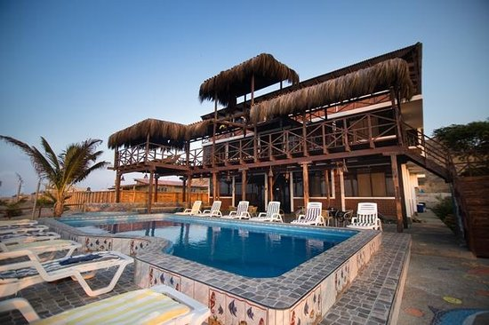 Hotel villa del mar bungalows peru tumbes apartment for Bungalows dentro del mar
