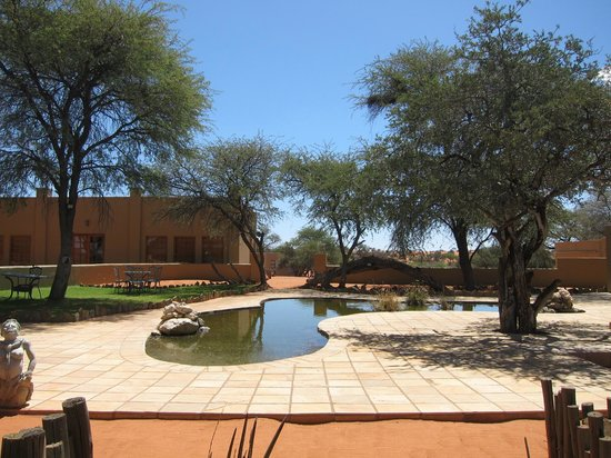 Zebra Kalahari Lodge: Autre côté
