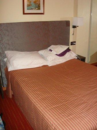 โรงแรมอาร์เว่ย์: Letto matrimoniale