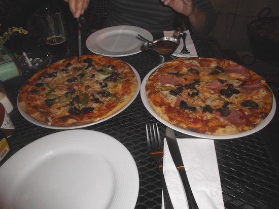 Luna Rossa: Un pur délice que nos pizzas !  16 février 2014.