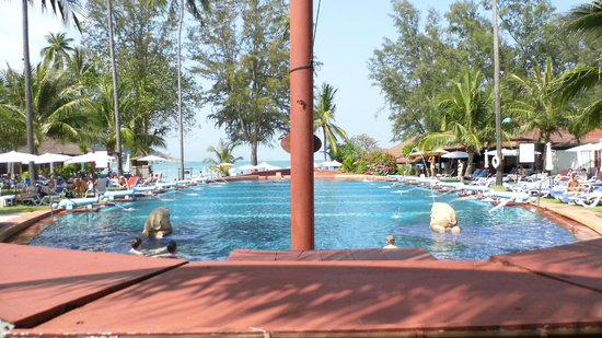 Imperial Boat House Beach Resort: The boat pool