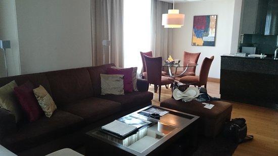 Ascott Sathorn Bangkok: living room