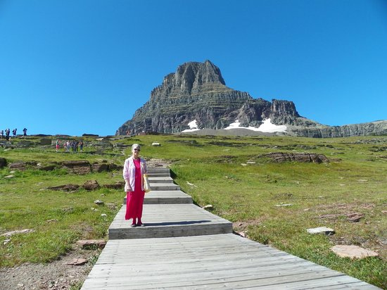 Logan Pass: Steps don't look steep, but are a workout!