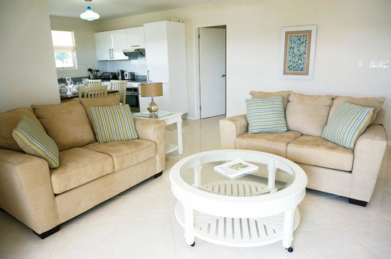 Lantana Resort: Living Area - Example 3 Bedroom Apartment