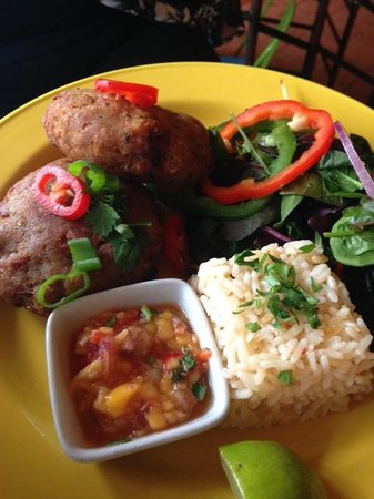 Cubana: tuna fishcake lunch, with mango salsa and blackbean rice