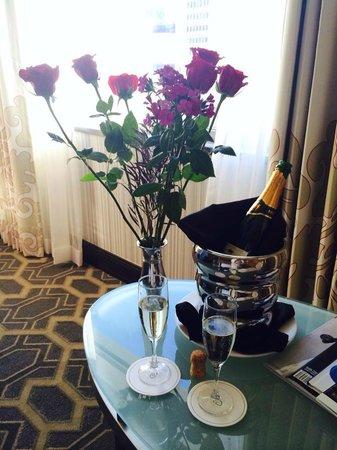 Sofitel Philadelphia Hotel: Romance Package flowers & bubbly