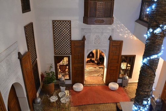 Zamzam Riad: View into the dining area