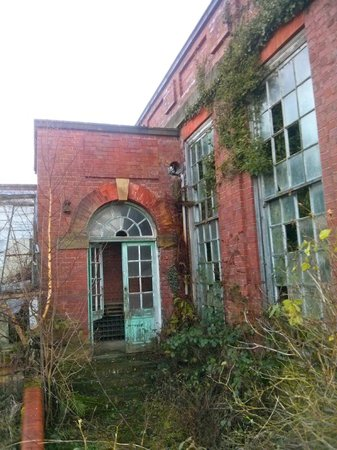 Crathorne Hall Hotel: The old derelict glasshouses away from hotel
