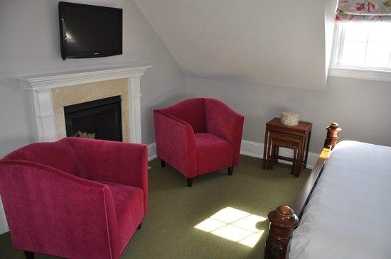 The Peter Shields Inn: Room Number Seven