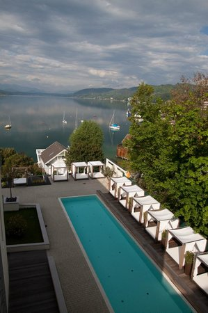 Lake's - my lake hotel & spa : Pool view