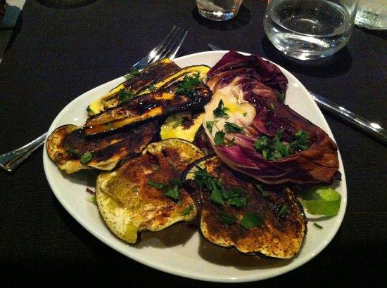Tadadatta' : Grilled zucchini, eggplant and lettuce