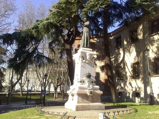 Monumento a Lope de Vega
