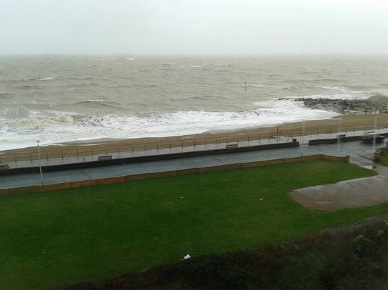 Hythe Imperial: view of the waves!