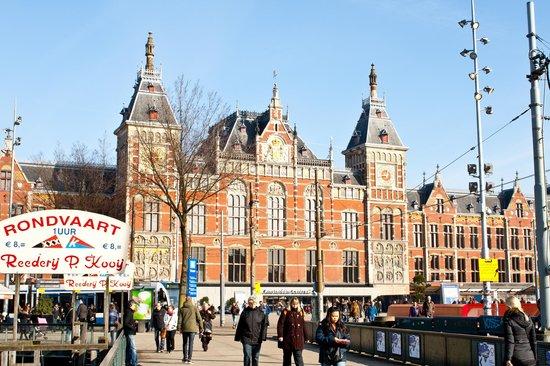 Hauptbahnhof: Amsterdam Centraal