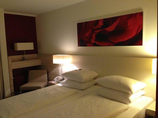 RAMADA Hotel Bad Soden: Bed