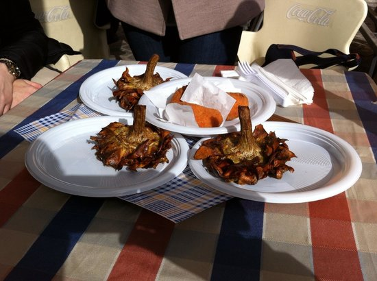 Italy Hotline Custom and Gourmet Tours: Suppli and fried artichokes in the Jewish ghetto