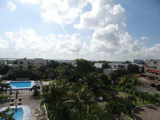 Calypso Hotel: Вид из номера