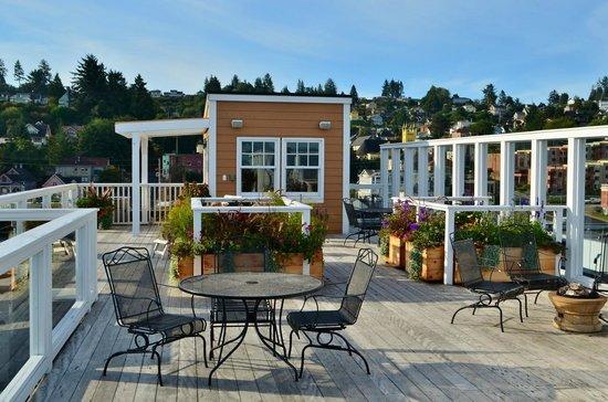 Hotel Elliott Rooftop Garden